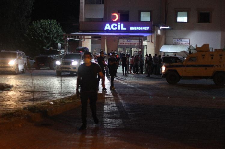 TERÖRİSTLER ŞIRNAK'TA YOL İŞÇİLERİNE SALDIRDI! 4 İŞÇİ ŞEHİT OLDU