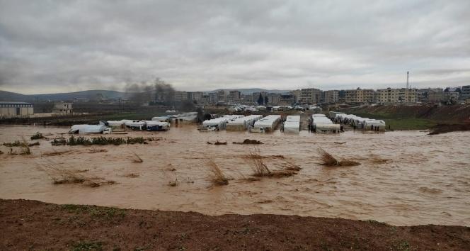 Afrin'deki sığınmacı kampları sular altında kaldı