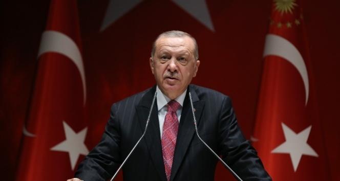 'CHP yönetimi ayağına taş değse AK Parti'yi suçluyor'