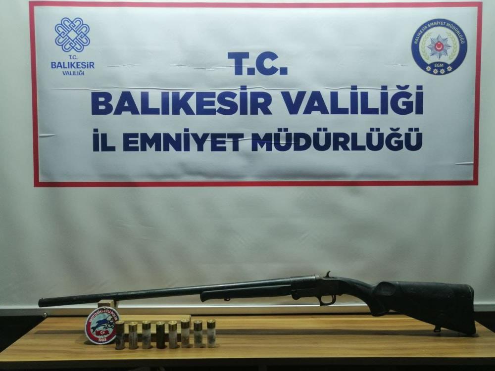 BALIKESİR'DE 130 GÖZALTI