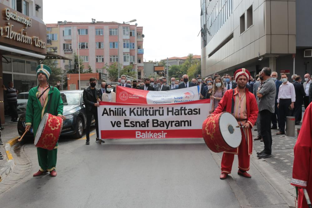 BALIKESİR'DE AHİLİK HAFTASI KUTLAMALARI