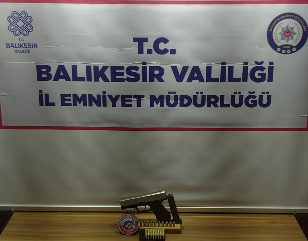 BALIKESİR'DE POLİSTEN 41 ŞAHSA GÖZALTI