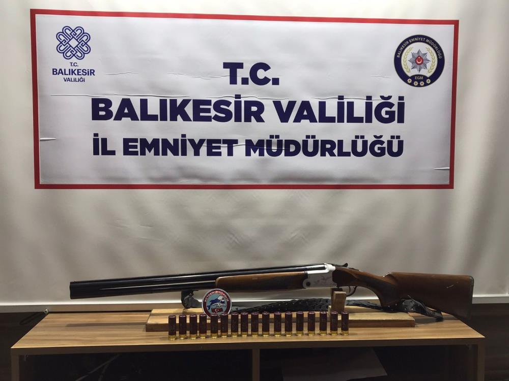 BALIKESİR'DE 41 ŞAHSA GÖZALTI