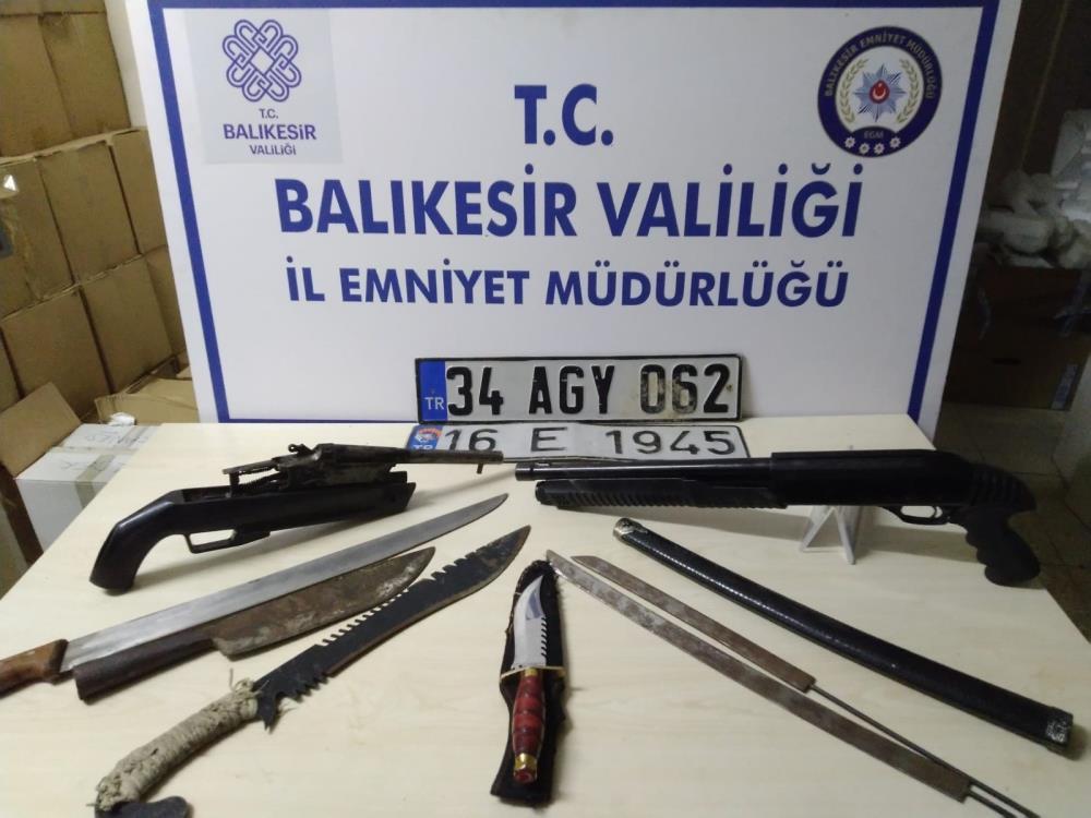 BALIKESİR'DE 72 ŞAHSA HUZUR OPERASYONU
